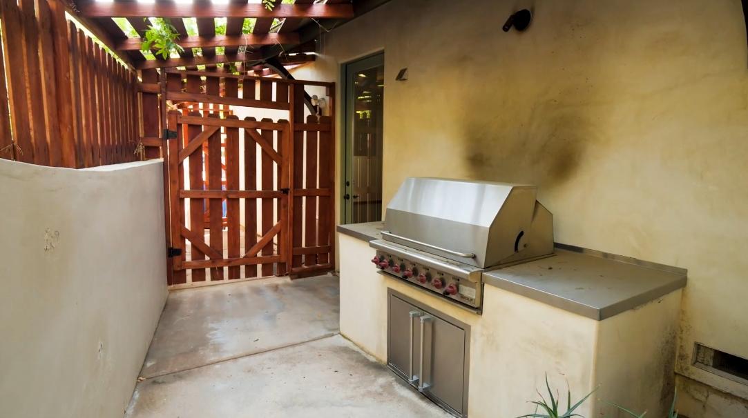 36 Interior Design Photos vs. 14764 Round Valley Dr, Sherman Oaks, CA Luxury Home Tour