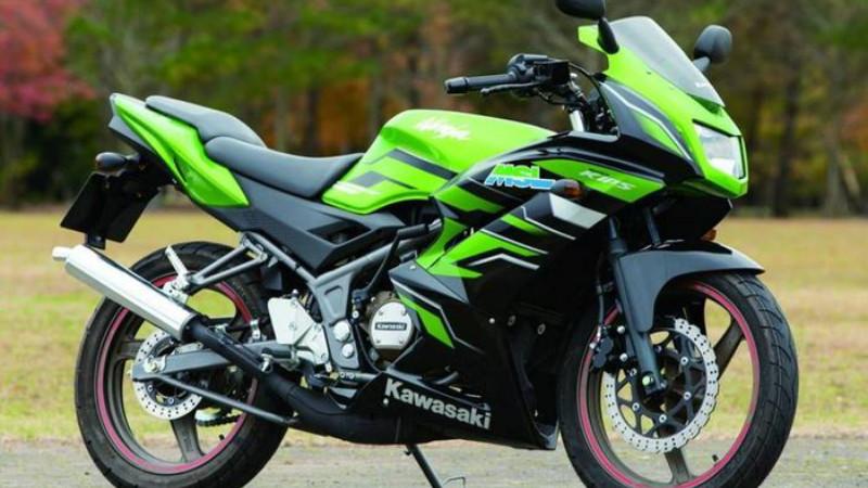 Gambar dan harga Kawasaki ninja 150 RR bekas terbaru