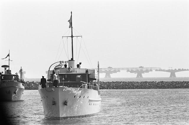 Piet Hein in de haven van Colijnsplaat