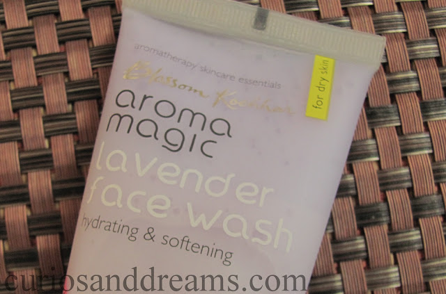 Aroma Magic Hydrating Lavender Facewash review, Aroma Magic Lavender Facewash review