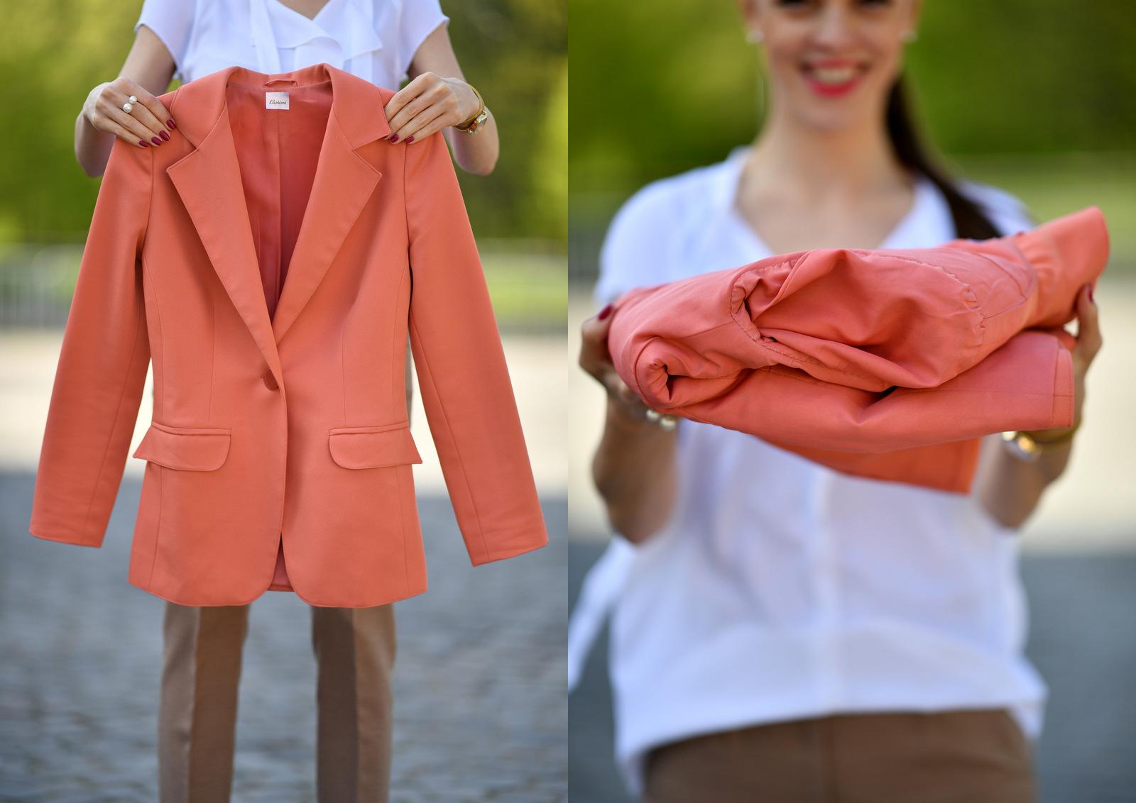 ako poskladať sako do kufra tak, aby sa nepokrčilo // how to fold a blazer for a suitcase