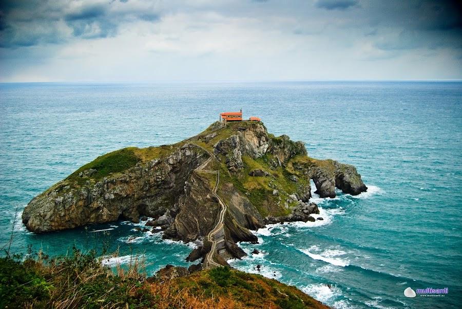 San Juan de Gaztelugatxe: entre lo mágico y lo mítico