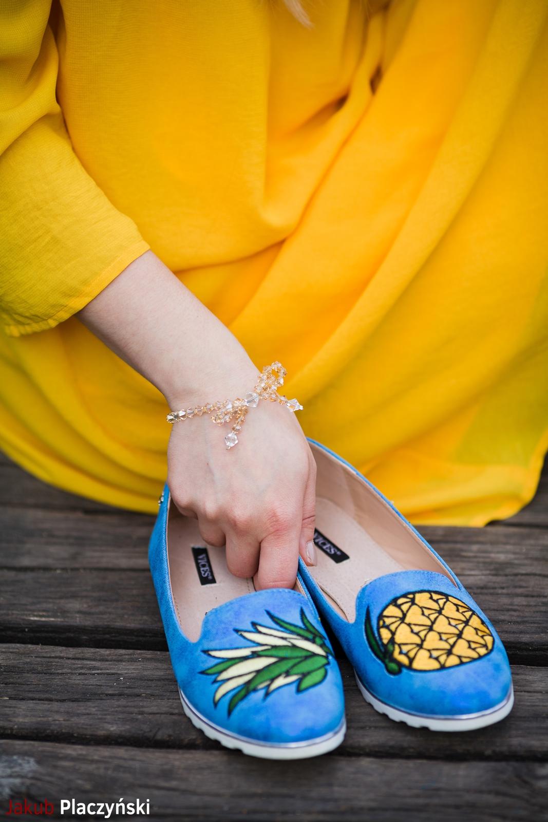 3 żółta sukienka na lato bonprix niebieskie espadryle z ananasem renee shoes reneegirls reneeshoes melodylaniella modnapolka lookbook ootd moda na lato biżuteria piotrowski swarovski
