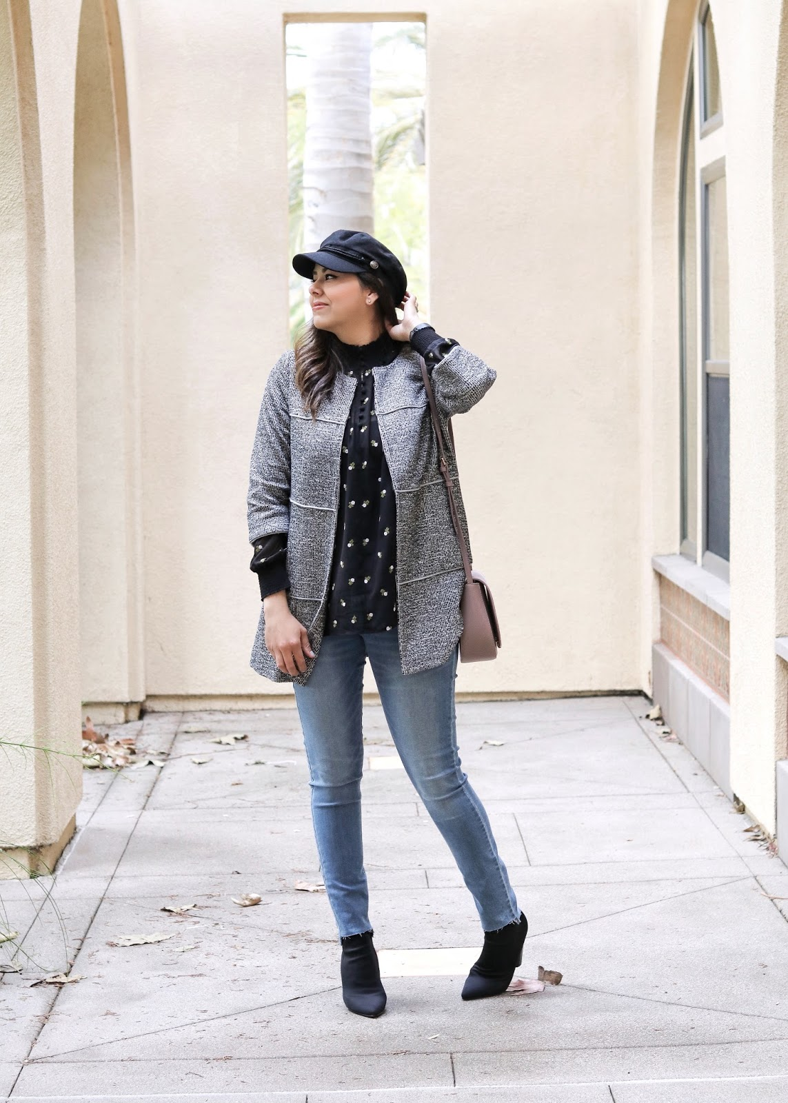 old navy frayed hem jeans, old navy skinny jeans, how to wear old navy frayed hem jeans