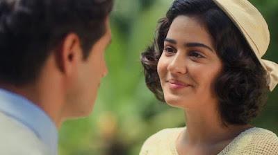 Isabel (Giullia Buscacio) aceita namorar Felício (Paulo Rocha) em 'Éramos Seis' — Foto: Globo