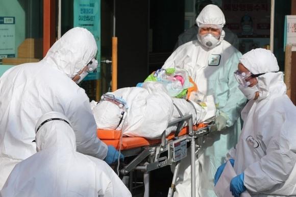 Cập nhật tình hình nhiễm COVID-19 ở Hàn Quốc: số ca nhiễm tăng vọt, 7 người đã tử vong