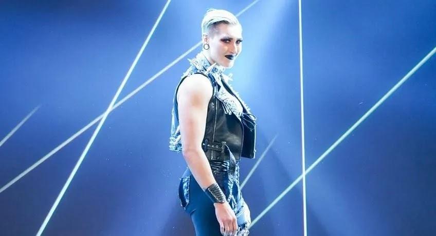 Rhea Ripley quer enfrentar Becky Lynch