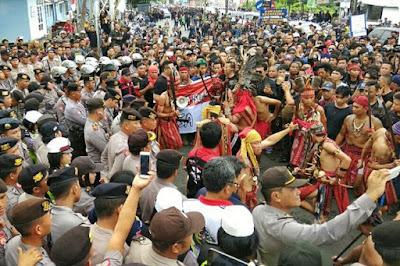 Ditolak-masyarakat-Manado-Fahri-sebut-Itu-fans-saya