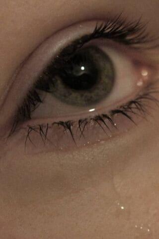 صور عيون تبكي حزينة مجموعة صور دموع حزينة وبنات تبكي شبكة العراب Al 3rab