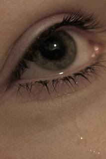 حالات واتساب عيون خضراء تبكي