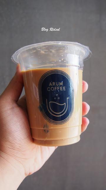 Melihat Kemasan dan Rasa dari Arum Coffee - Minuman 01