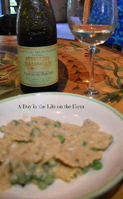 Alfredo and wine