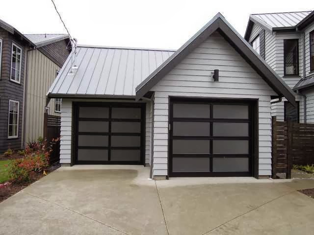 Modern Classic Garage Door Ayanahouse