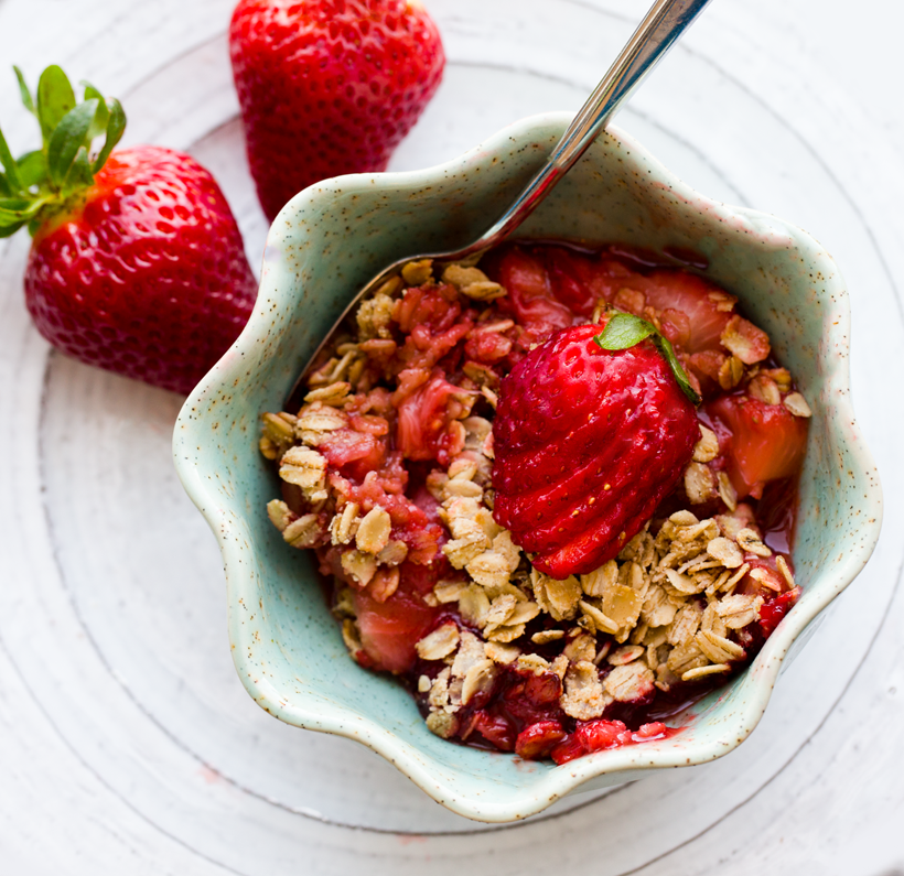 Simple Strawberry Crisp