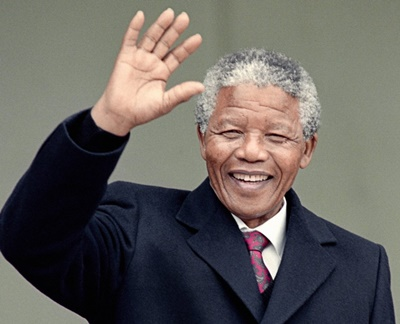 Nelson Mandela Biography, Age, Height, Education, Family, Wife, Children, Spouse, Death, Quotes & Fact