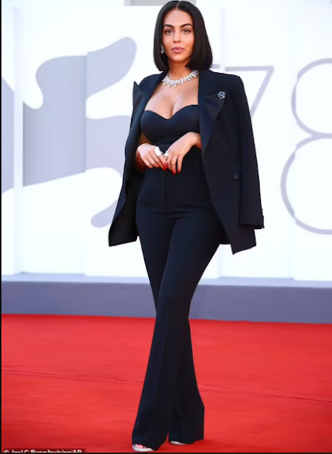 Stunning! Cristiano Ronaldo's partner Georgina Rodriquez shows off her boobs as she steps out for Venice Film Festival 2021 (photos)