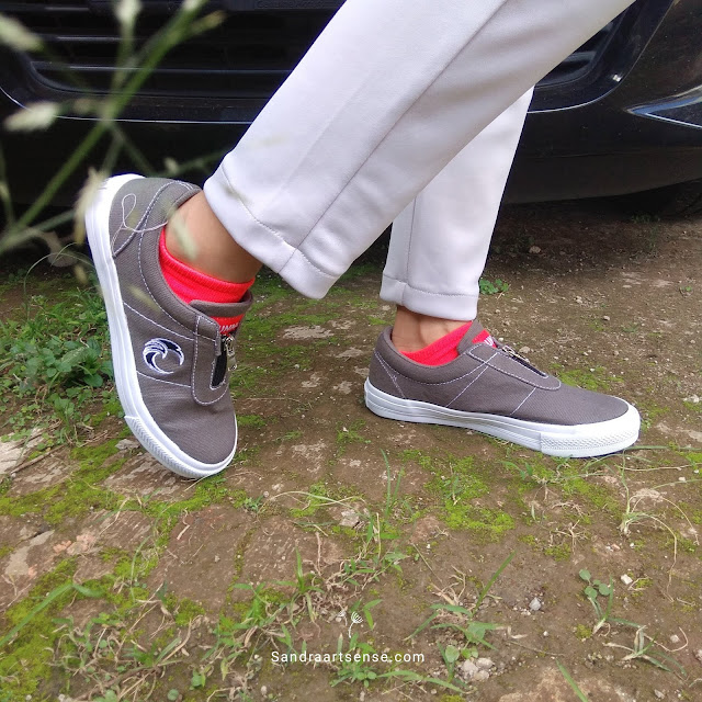 Sepatu Runner