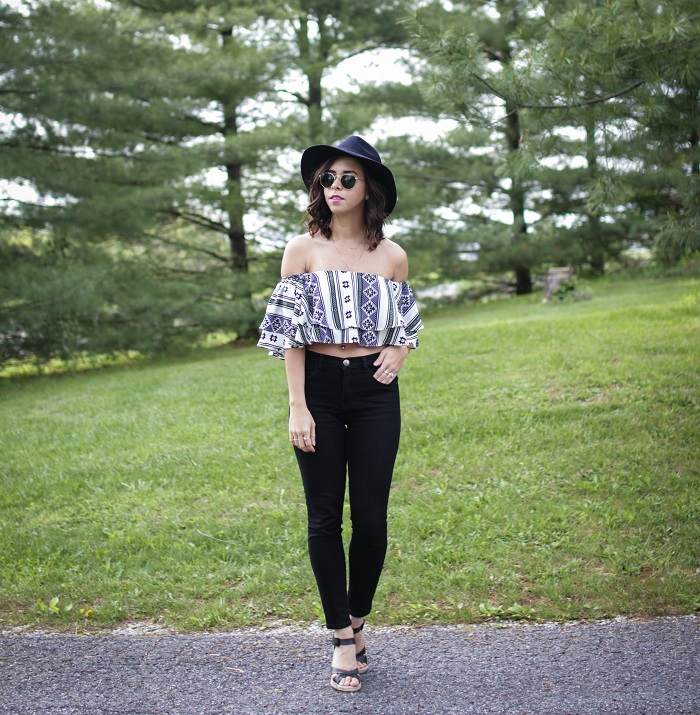 How to Style a Crop Top & High Waist Jeans | A.Viza Style | silk crop top shopbop - current elliott stiletto jeans - felt hat - joie lena wedge sandals