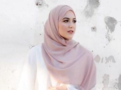 Kamu Pengguna Hijab Sifon? Begini Tips dan Trik Merawatnya Agar Tidak Cepat Rusak