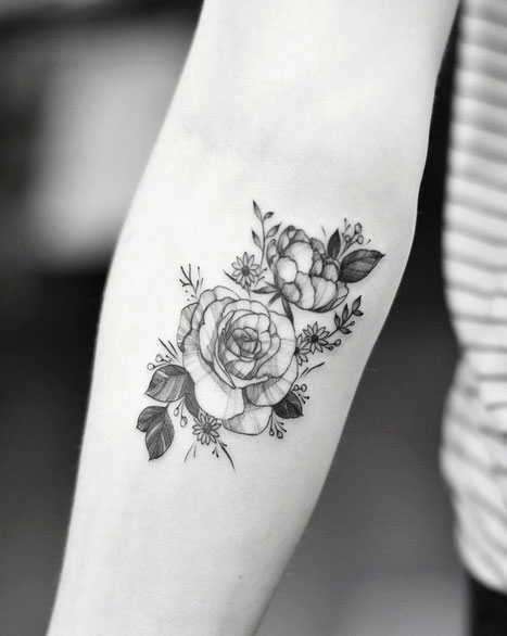 25 Awesome Forearm Tattoos For Women