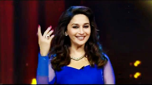 Madhuri Dixit Presenting The Great Indian Award