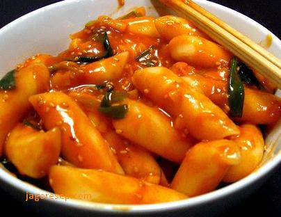 Resep Kue Beras Korea (TTEOKBOKKI)