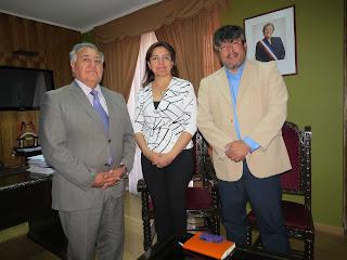 Intendente Molina compromete apoyo a Colegio de Periodistas de El Loa