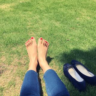 足裏日光浴