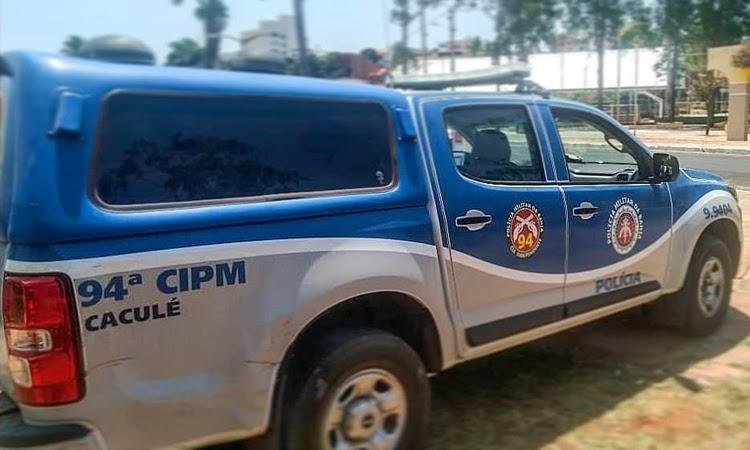 Polícia Militar salva jovem de 21 anos que tentava pular de prédio em Caculé