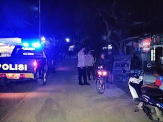 Personel Polsek Malua Polres Enrekang Laksanakan Patroli Rutin Blue Light Demi Menjaga Kamtibmas