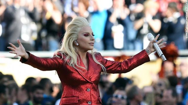 Lady Gaga se presentará en el medio tiempo del Super Bowl 2017