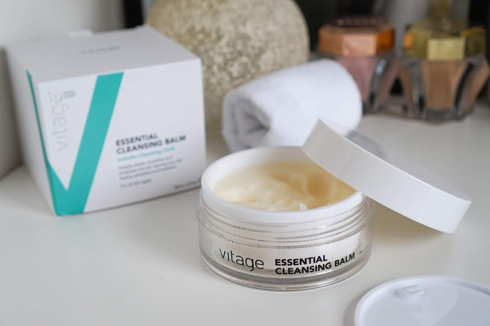 Vitage_Essential_Cleansing_Balm