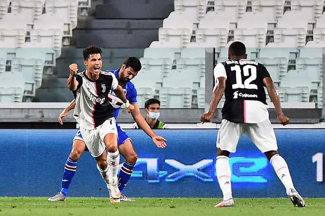 Video Juventus 2-0 Sampdoria: Động lực Ronaldo, đăng quang năm thứ 9