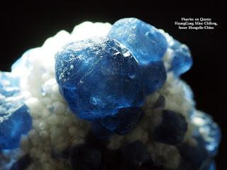 フローライトオンクォーツ Fluorite on Quartz Huanggang Mine chifeng inner Mongolia China