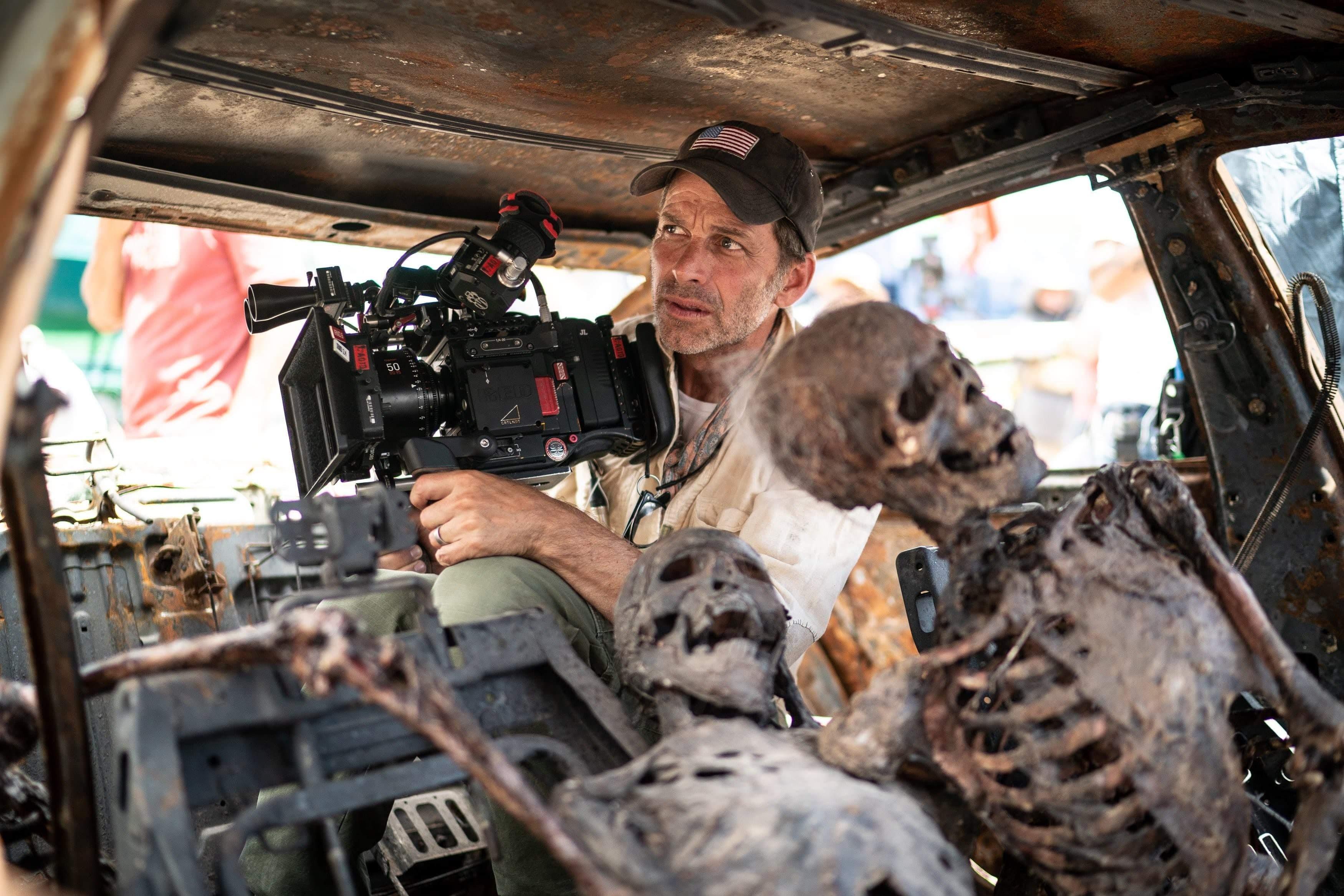Army of the Dead Prequel : ザック・スナイダー監督のゾンビ・ホラーのアクション映画「アーミー・オブ・ザ・デッド」の世界を拡大するユニバース化の第1弾のプリクエールの撮影が早くも終了のクランクアップ ! !