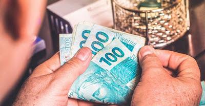 Contando dinheiro