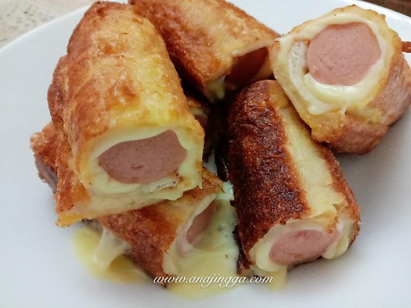 Roti Sosej Cheese Leleh Kegemaran Kanak-kanak
