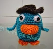 http://www.elarcadeglops.com/2012/03/perry-el-ornitorrinco-amigurumi-patron.html