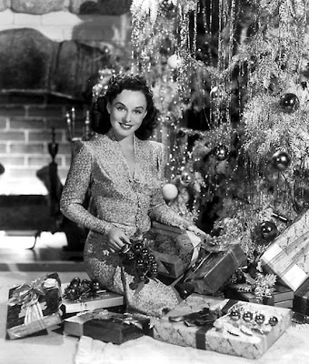 Image result for vintage christmas tree  with presents