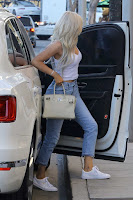 Kylie-Jenner-Candids-in-Beverly-Hills-6_sexycelebs.in.jpg