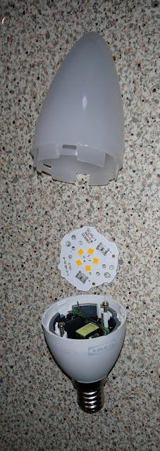 Τα ΙΚΕΑ πουλάνε και λάμπες led σε διαφορά μεγέθη και σχήματα . Εδώ είναι μια λάμπα με σπείρωμα Ε14