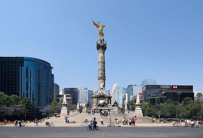 SOUTH AMERICA - First tranche of  caravan migrants reach Mexico City