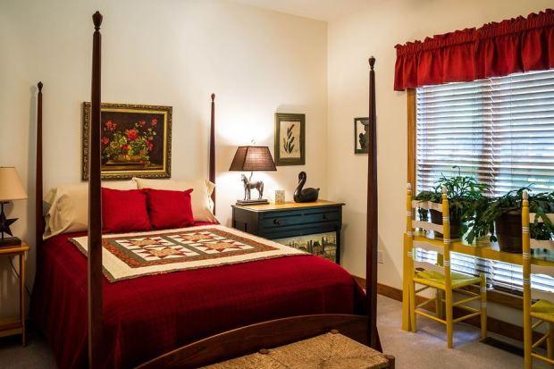 Cara Memperluas Kamar Tidur yang Sempit