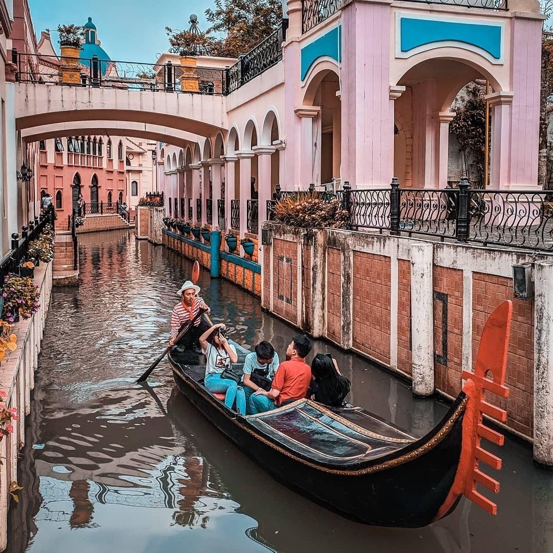 Harga Tiket Masuk Little Venice Kota Bunga Januari 2020