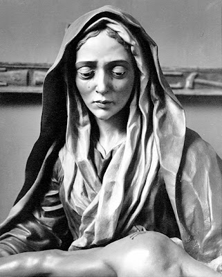 Nuestra Señora de la Piedad. Iglesia de San Martín. Real cofradía de Minerva y Vera Cruz. León. Fotos Archivo Antonio Cruz González.