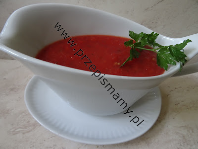 Sos z pomidorów i papryki