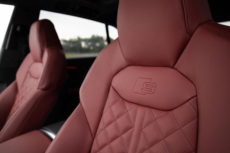 Audi SQ8 2020 ra mắt bản Perfomance giá 89.995 USD