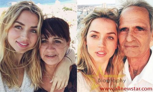 Ana de Armas Family