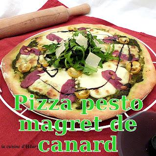 http://www.danslacuisinedhilary.blogspot.fr/2015/11/pizza-pesto-et-magret-de-canard-fume.html