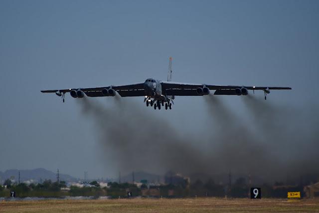 USAF hypersonic weapon flight test B-52